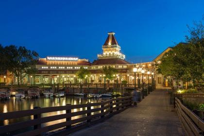 Disney's Port Orleans Resort - Riverside at night